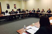フェニックスでの会合の様子。FRJからは、日本の難民支援NGOのネットワークとしての役割や活動を発表しました。